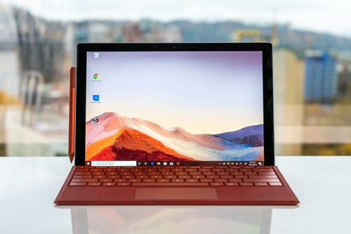 Laptop 2 trong 1 tốt nhất: Microsoft Surface Pro 7.