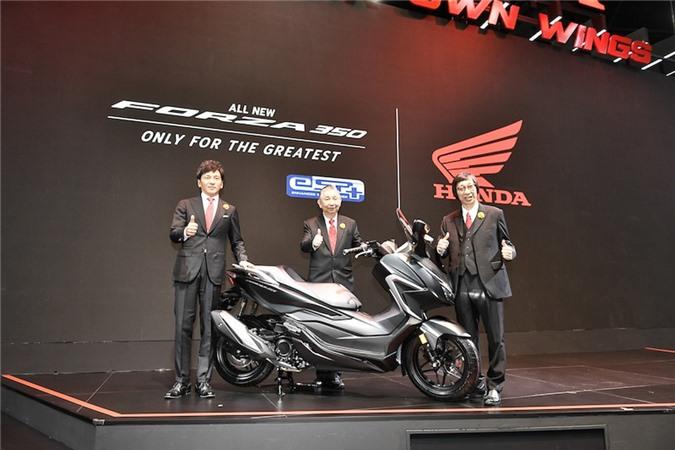 Honda Forza 350 2021.