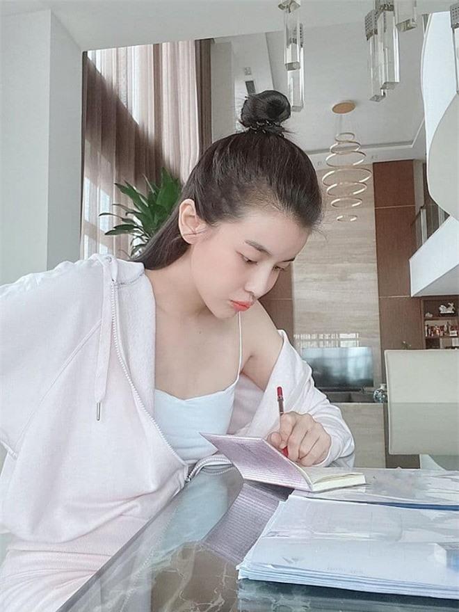 Cao Thái Hà giảm cân 5