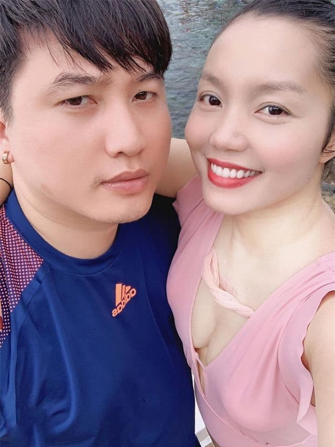 Ngọc Anh và bạn trai đi du lịch 0