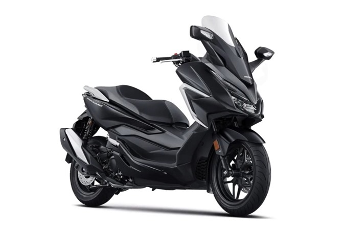 Ra mat Honda Forza 350 - trang bi den phanh khan cap, gia tu 5.499 USD anh 6