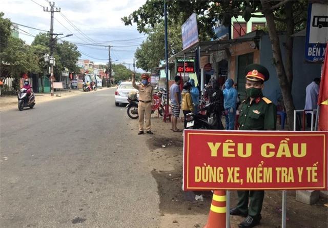 Quảng Nam khẩn cấp lập 4 chốt kiểm soát dịch bệnh COVID-19 - Ảnh 1.