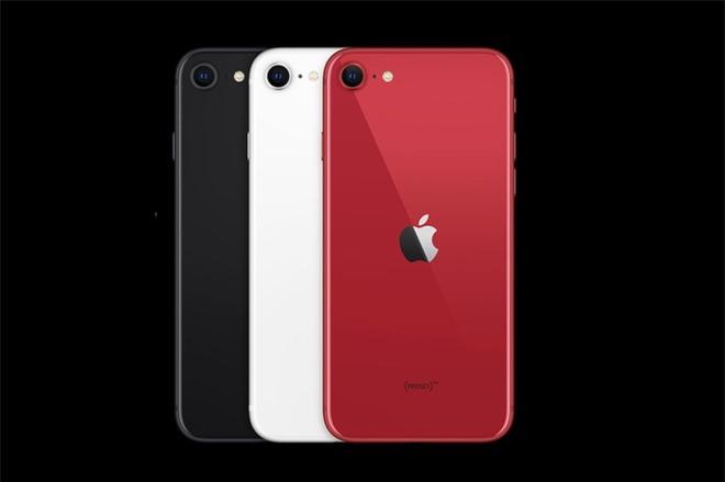 so sanh iPhone SE va iPhone 8 anh 2