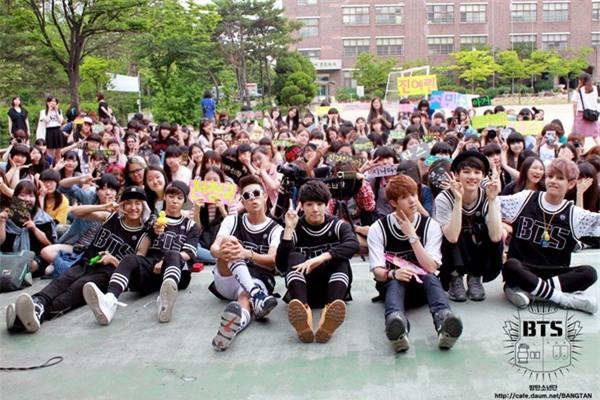 7 năm BTS từ debut tới hoàng kim và nỗi khát khao 'được sống không cần che đậy' - Ảnh 4