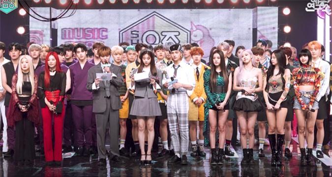 Irene lép vế khi đứng chung sân khấu cùng Min Joo và Ji Soo - Ảnh 1