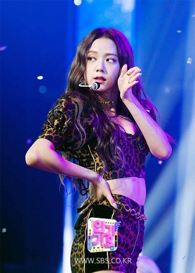 Irene lép vế khi đứng chung sân khấu cùng Min Joo và Ji Soo - Ảnh 4