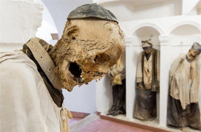 Khu hầm mộ Capuchin, Italy