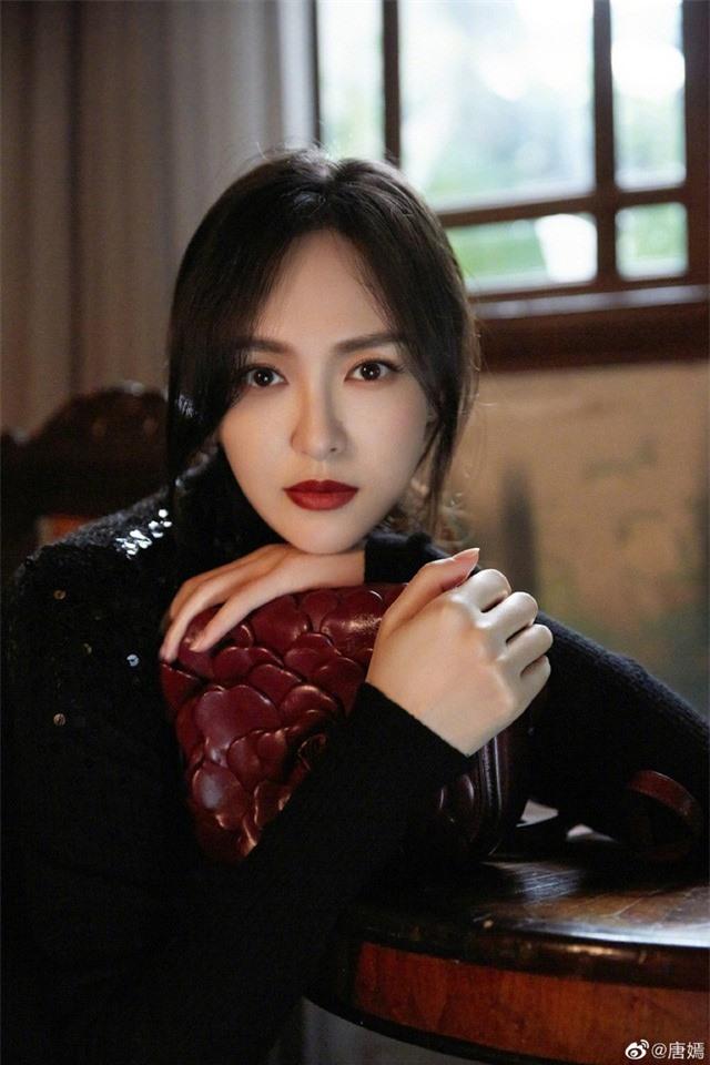 Xem ảnh Đường Yên, cư dân mạng nhận ra La Tấn yêu vợ như thế nào - Ảnh 5.