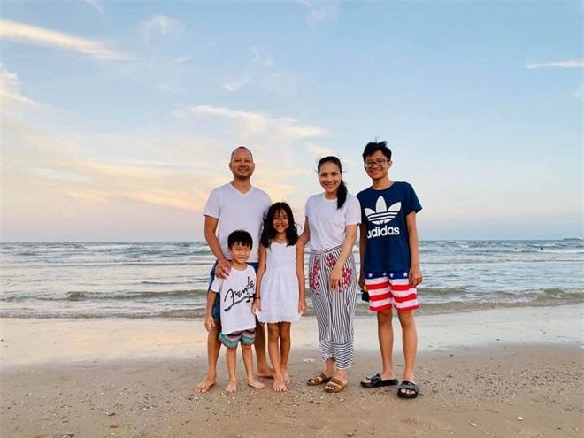 sao Việt tránh dịch ở hải ngoại 2