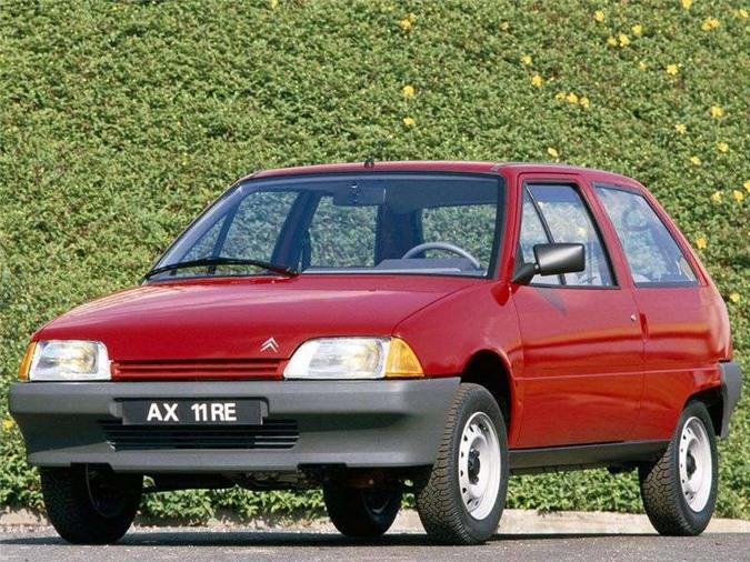 Citroen AX 1986 - 1998 mang trọng lượng tối thiểu chỉ 640kg.