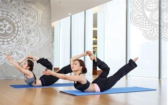 Những thói quen sai lầm khi tập yoga có thể bạn đang mắc phải - Ảnh 3.