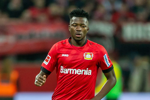 =8. Edmond Tapsoba (Bayer Leverkusen, giá trị chuyển nhượng hiện nay: 19,8 triệu bảng, mức tăng giá: 15,75 triệu bảng).