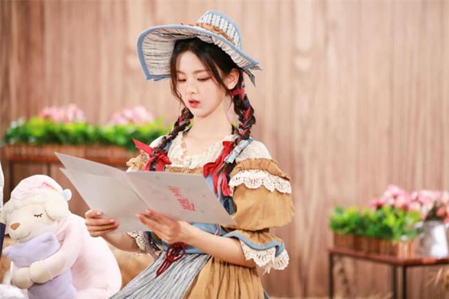 Mỹ nhân đẹp nhất Trung Quốc đón tuổi 22 - 12
