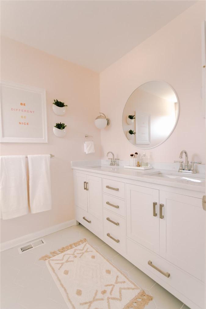 Trang trí gương trong phòng tắm như thế nào là hợp phong thủy?