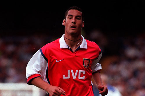 Hậu vệ phải: David Grondin (1998-2003).