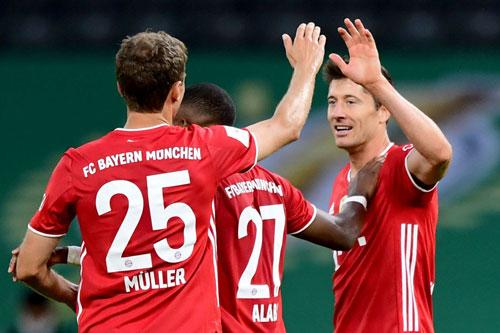 6. Bayern Munich (Đức, giá trị: 1,056 tỷ euro).