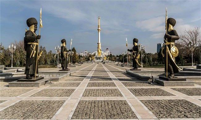 Xét về độ bí ẩn, Turkmenistan không kém cạnh Triều Tiên.