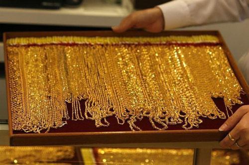 Giá vàng châu Á cao chưa từng có