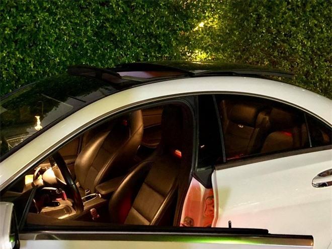 Chuẩn bị sinh con cho chồng trẻ, ca sĩ Thu Thủy rao bán xế hộp Mercedes-Benz 0