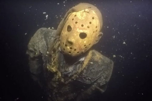 Top 10 phát hiện bí ẩn và đáng sợ dưới đáy biển