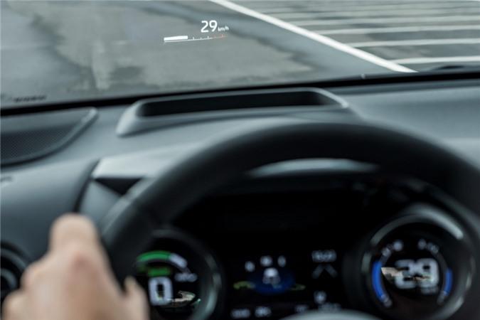 Toyota Yaris 2020 ra mat chau Au anh 9