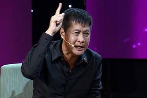 Đạo diễn Lê Hoàng nhắn gửi tới các bà mẹ đơn thân: 'Đừng có ảo tưởng và đừng có anh hùng rơm'