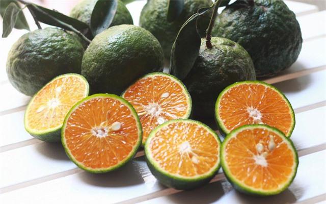 Chỉ cần thêm chút gia vị này vào nước cam, cơ thể đang ốm, mệt liền khỏe lại - Ảnh 2.