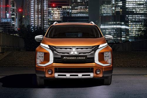 Loạt xe Mitsubishi giảm giá mạnh, ưu đãi hấp dẫn trong tháng 8