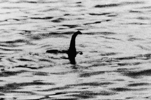 Giải mã bí ẩn về quái vật hồ Loch Ness khiến mọi người 'ngã ngửa'