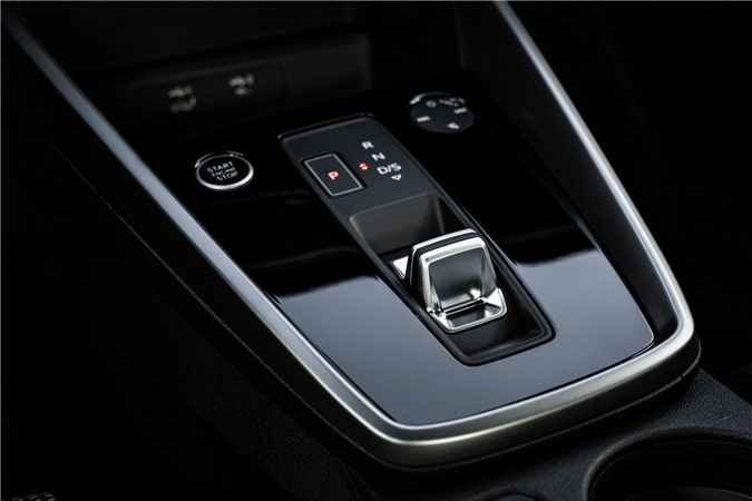 Audi tung loat anh day du cua A3 Sedan 2021 anh 29