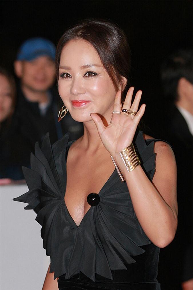 'Lục đục nội bộ' với SSAK3, Lee Hyori lập nhóm debut với 4 thành viên siêu khủng - Ảnh 2