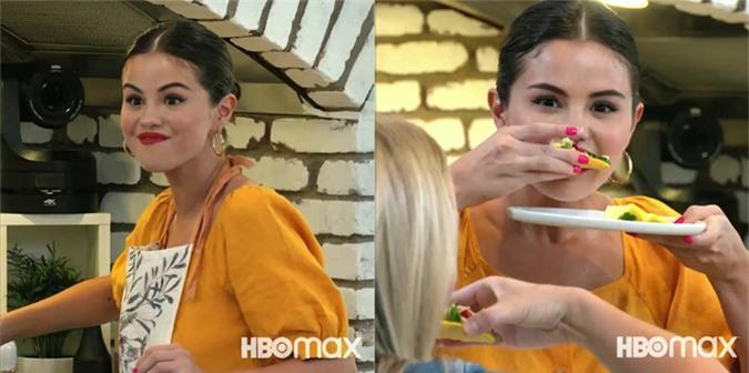 Selena học nấu nhiều món ăn trong các tập phim Selena + Chef.
