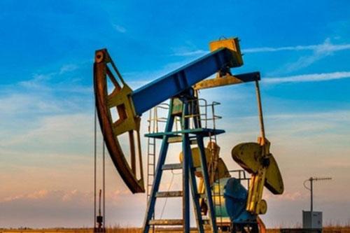 """Giá xăng, dầu (6/8): """"Nhảy vọt"""""""