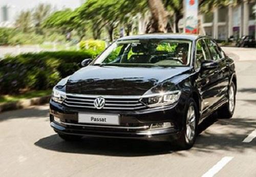 Giảm sâu tới 177 triệu đồng, Volkswagen Passat quyết đấu với Toyota Camry, Mazda6