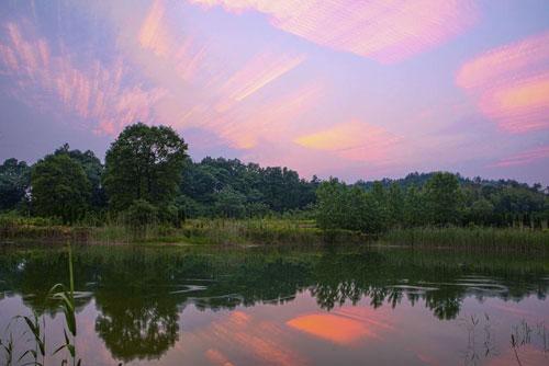 'Hồ ma' rộng 3.000m2 bỗng nhiên 'bốc hơi' biến mất chỉ sau một đêm