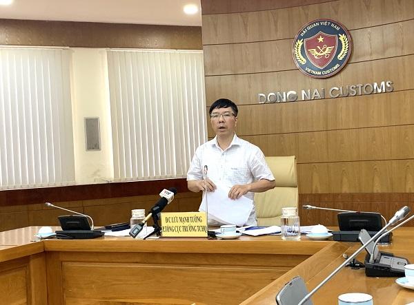 Ông Lưu Mạnh Tưởng, Phó Tổng Cục trưởng Tổng Cục Hải quan.
