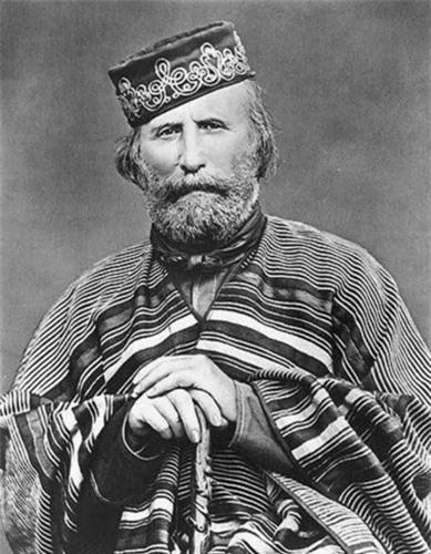 Trong hành lý Emilio Ilario Giuseppe Portaluppi mang theo trên đường trở về Mỹ có bức ảnh với bút tích của người anh hùng Italy Giuseppe Garibaldi