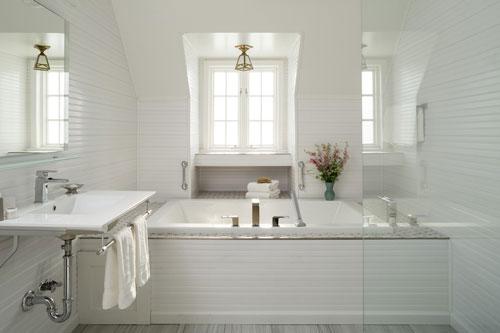 Nhà tắm cần sạch sẽ, thông thoáng. Arnh minh họa.