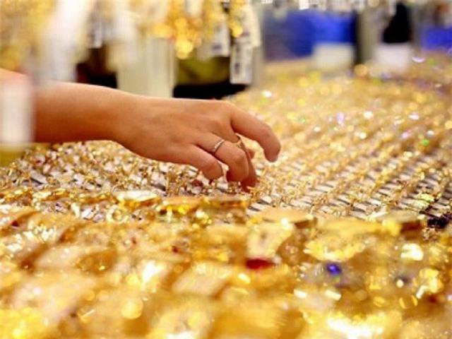 Người mua có gặp rủi ro khi đầu tư vàng ở thời điểm hiện tại? - Ảnh 1.