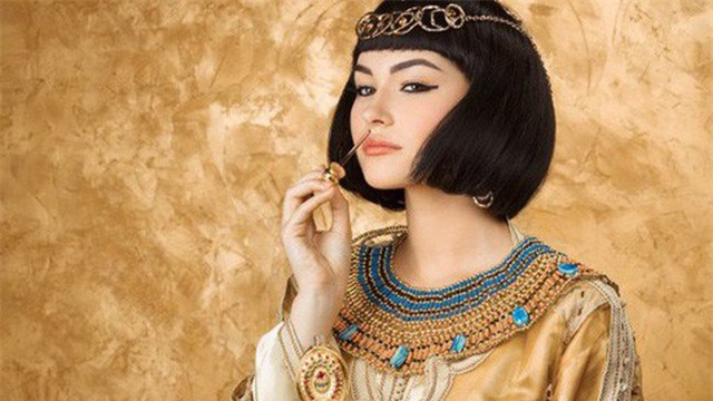 Nữ hoàng Cleopatra đã tự sáng tạo ra nhiều phương pháp làm đẹp cho bản thân.
