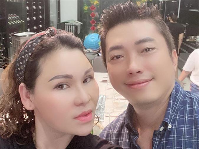Vợ chồng Kinh Quốc hiện sở hữu nhiều biệt thự ở Vũng Tàu và đang xây mới một số căn tại TP HCM.