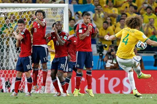 Top 10 pha 'nã đại bác' ghi bàn đẹp mắt bậc nhất trong lịch sử bóng đá