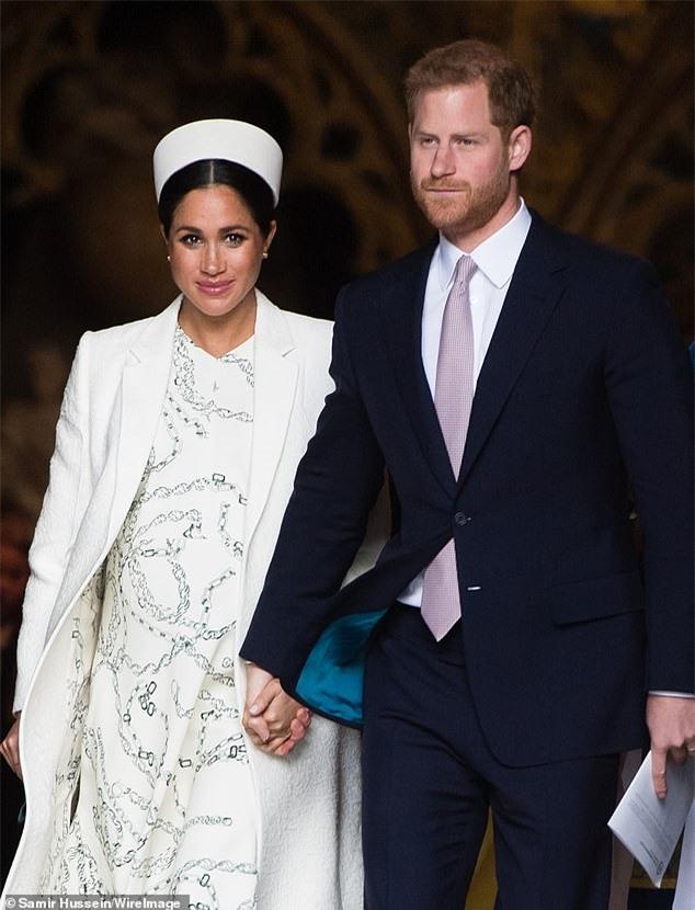 Chỉ đưa ra 1 lời khuyên trong mối quan hệ với Meghan Markle, bạn thân nhất của Harry bị hoàng tử nước Anh