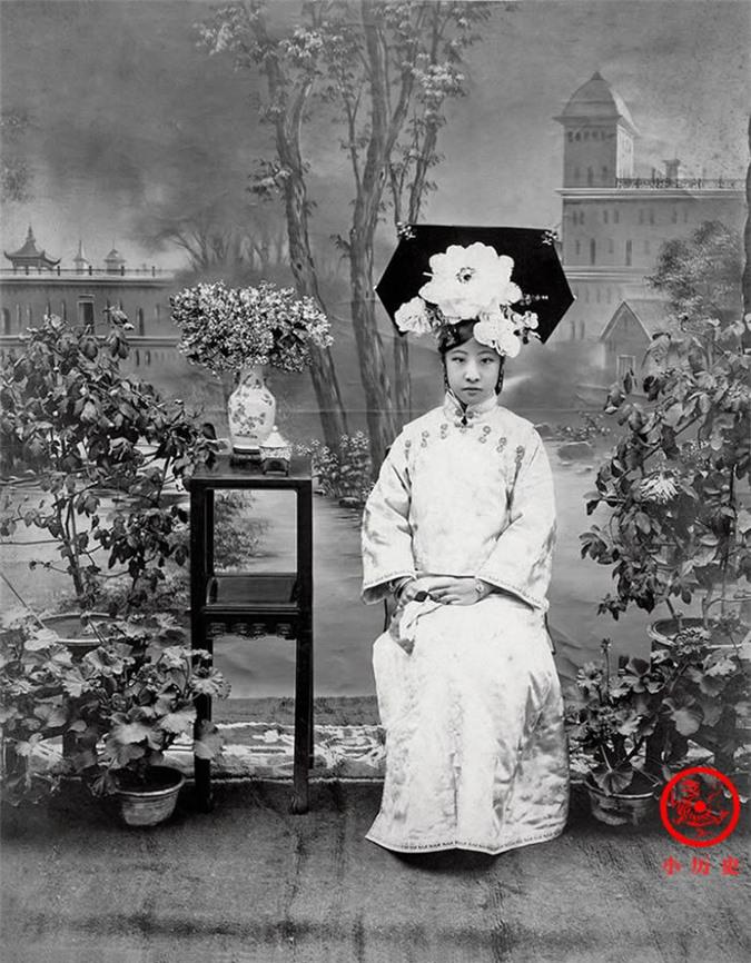 Thông qua loạt ảnh cũ tìm hiểu về Hoàng đế triều Thanh cuối cùng: 3 thế hệ cùng sống dưới 1 mái nhà, mẹ ruột nuốt thuốc phiện tự sát - Ảnh 6.