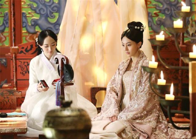 Những 'em gái trà xanh' bên ngoài ngây thơ bên trong thủ đoạn của màn ảnh Hoa ngữ - Ảnh 4