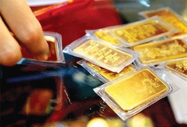 Tiệm vàng đuổi khách, nhà đầu tư trắng tay vì kiếm tiền thần tốc từ sàn vàng - Ảnh 2.