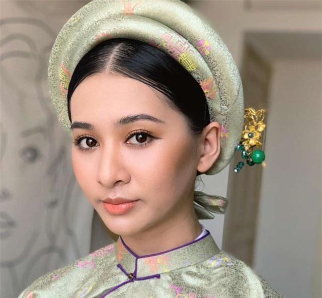 Vẻ đẹp chuẩn con gái Huế của thí sinh Hoa hậu Việt Nam 2020 - Ảnh 1.