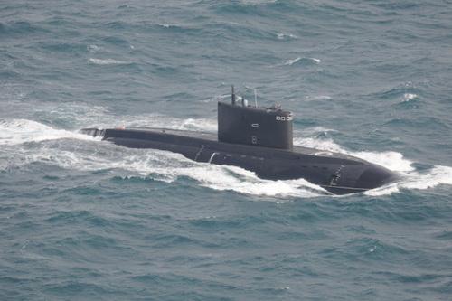 Tàu ngầm tấn công diesel-điện Dự án 636.3 lớp Varshavyanka của Hải quân Nga. Ảnh: Avia-pro.