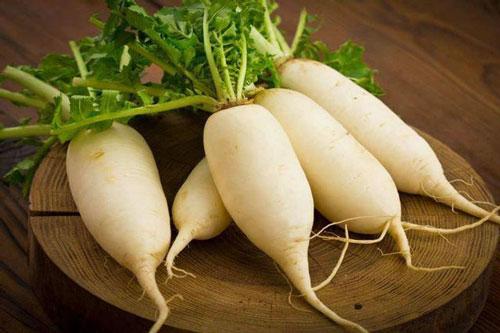 Củ cải ngon bổ tới mấy cũng thành 'thuốc độc' khi kết hợp với những thực phẩm này