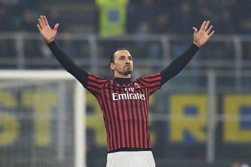 2. Zlatan Ibrahimovic (AC Milan chiêu mộ theo dạng chuyển nhượng tự do sau khi Ibra hết hạn hợp đồng với LA Galaxy).